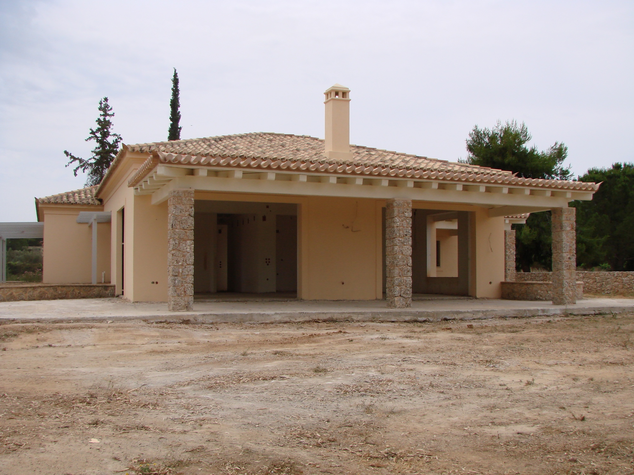Prestigious villa 200 sq.m. on a sublime plot of land 4500 sq.m. with outstanding view to the harbor of Porto Heli